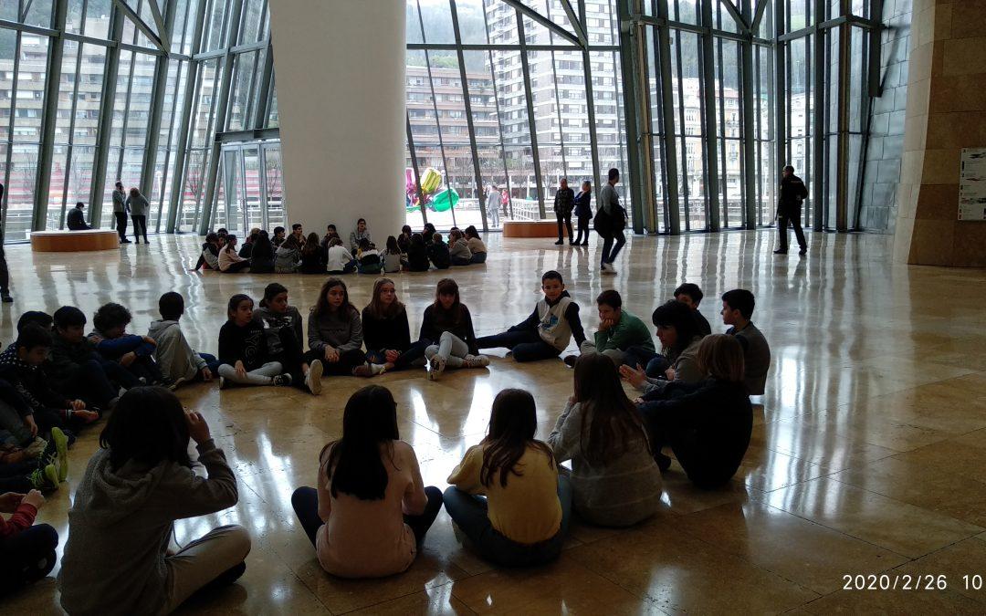 6.mailako ikasleak Guggenheim museoan
